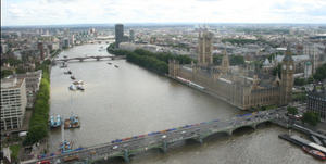River_thames_panoramic_2