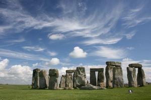 Stone_henge_cloud