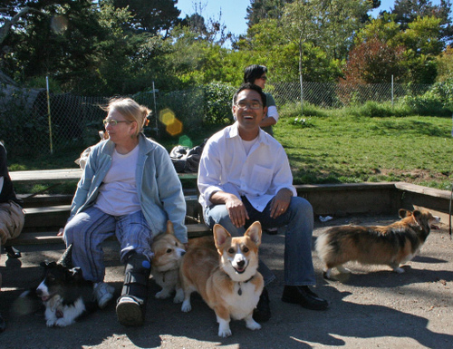 Oct_corgi_meet_up