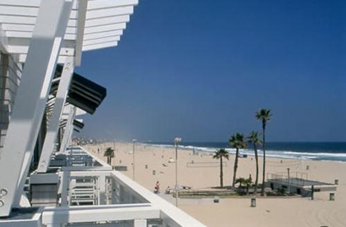 Hermosa_beach1_2